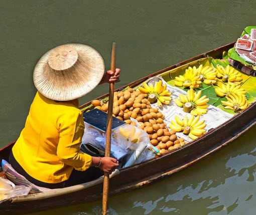 A market boat in Vietnam with fresh produce