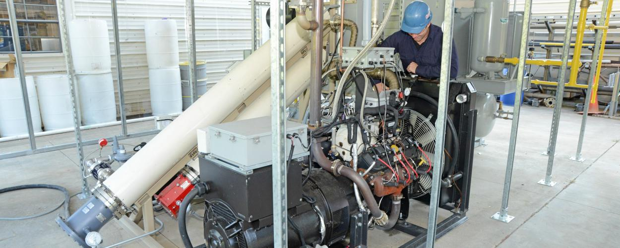 Engine reformer for natural gas applications
