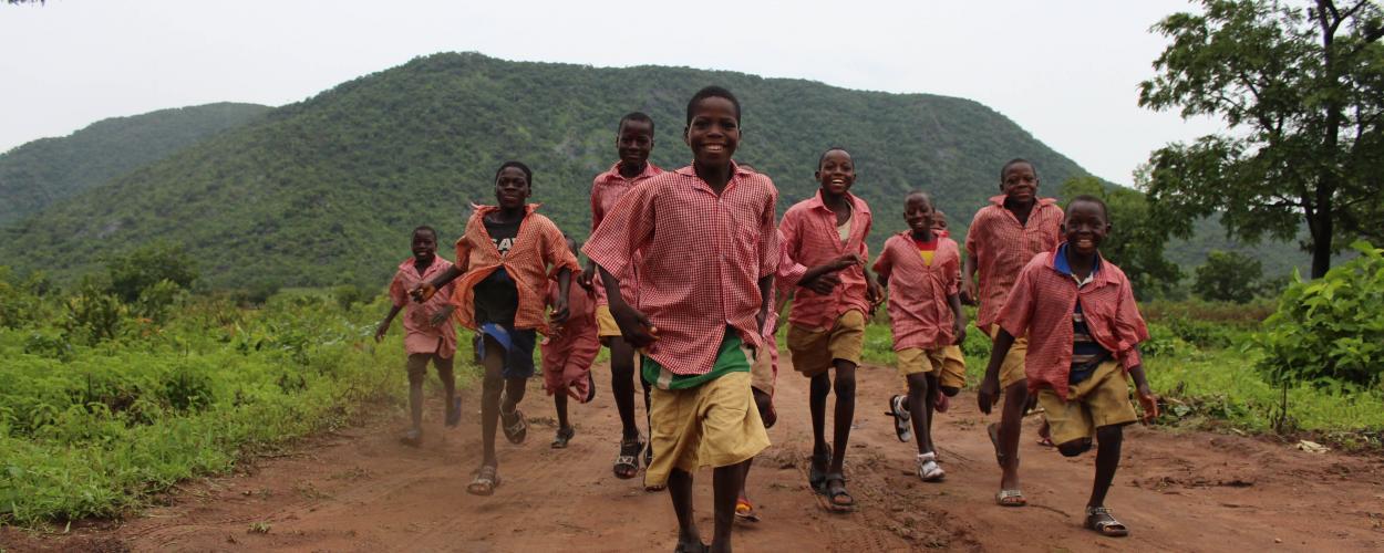 Children playing during NTD activities in Nigeria. Photo: RTI International/Scott McPherson